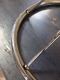 椅子の金属フレーム修理