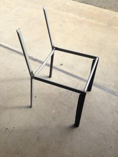 椅子フレームの修理